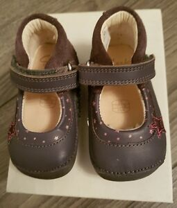 Clarks Little Zoe Girl's First Shoes in Anthracite Leather - 2 E