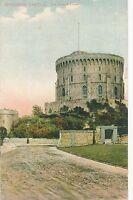 POSTCARD   BERKSHIRE  WINDSOR   Castle   The  Round  Tower