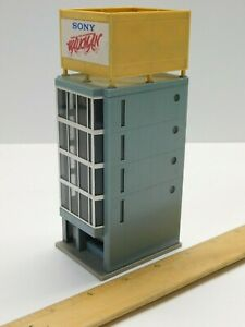 N Scale 1:160 - TOMIX #4019 Modern Downtown Building Structure For Train Layout
