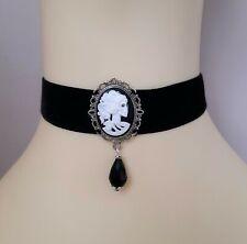 Gothic Black Velvet Choker/Necklace Lady Skeleton Skill Cameo Cabochon & Bead UK