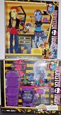 NEW LOT Monster High HOME ICK  Classroom Playset + Heath Burns & Abbey Doll Set