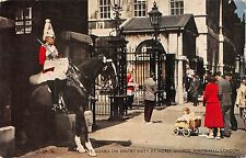 BT2974 Life guard on sentry duty at horse guards whitehall london       England