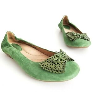 Earth Butterfly Grass Ballet Flats Green Suede Women's Casual Shoes Size 6 B