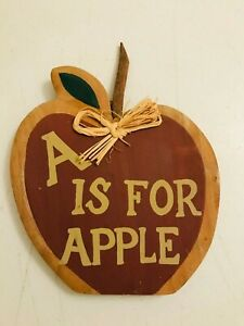 WOOD HERMITAGE POTTERY A IS FOR APPLE WALL HANGING DECORATION