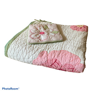 Pottery Barn Kids Quilted Twin Comforter White Pink flowers matching wall decor