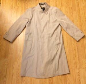 Vintage Misty Harbor Trench Coat Rain Sz 40 Reg Khaki Tan Button Up USA Made
