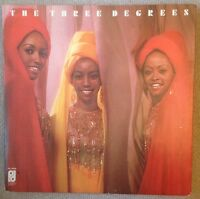 THE THREE DEGREES - Self Titled - 1973 Vinyl LP - Philadelphia SPIR-65858 G/F
