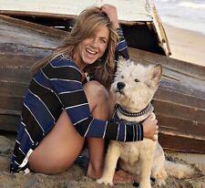 JENNIFER ANISTON - WITH HER DOG !!!