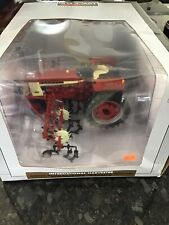 SpecCast International Harvester 504 w/ 4 Row Cultivator Classic Series