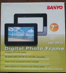 Sanyo Digital Photo Frame 7inch LVF-PF72 LCD display.