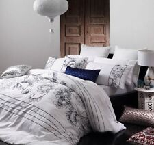 New LOGAN and MASON MIRANDA Embroidered INDIGO QUEEN Quilt Doona Duvet Cover Set
