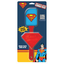 SUPERMAN - COOKIE CUTTER & SPATULA GIFT SET - BRAND NEW - 15942