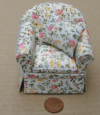 1:12 Scale Upholstered Sitting Armchair Tumdee Dolls House Furniture Accessory