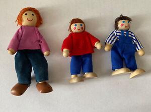 "3 Vintage wooden Melissa & Doug doll house dolls figures 3"" & 4"" tall"