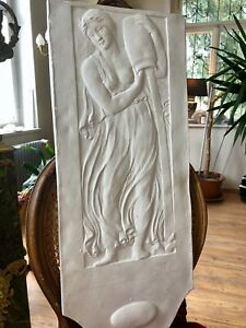Stucco  -  Jugendstil Reliefplatte Wasserträgerin 160-F147 aus Stuck 83x33,5cm