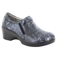 Alegria Eryn Chromeo Professional Slip On Clogs Size 7 Shiny Leather Comfort