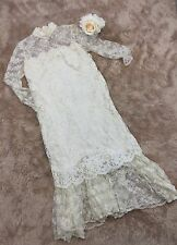 Lace Sheath Wedding Dress Ivory Elegant Perfect Renewal Vintage Retro Gown