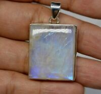 925 Sterling Silver Fire Rainbow Moonstone Gemstone Pendant 12.09 g Jewelry