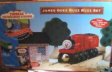 THOMAS the TANK - JAMES GOES BUZZ BUZZ SET 1999 W/JAMES RED NOSE!! *RARE/NEW*