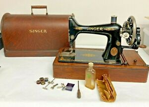 SINGER HAND CRANK SEWING MACHINE with CASE and Extras