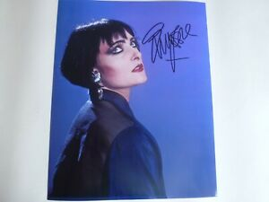 SIOUXSIE SIOUX  SIGNED AUTOGRAPHED PHOTOGRAPH SIZE 10 X 8 WITH C.O.A.