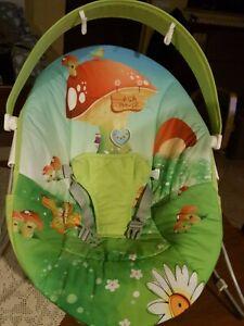 Sdraietta neonato Giordani verde 0-9 kg con arco rimovibile verde dondolante