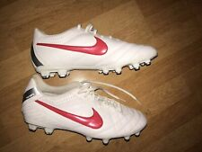 Nike Tiempo Football/Rugby Boots Size UK 10, White.