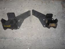 LAND ROVER  DISCOVERY 300 TDI ENGINE MOUNTING BRACKETS