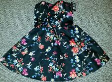 NWT Express size 4 floral sateen sweetheart strapless fit and flare dress black