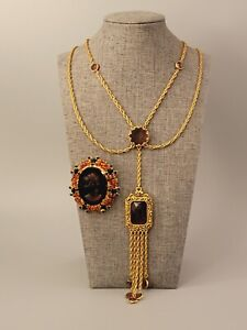 HIGH QUALITY Vintage Jewelry Lot 2pc Cameo Necklace Brooch Glass Clear Crystal