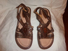 EARTH WOMENS DOWNEASTER COMFORT STRAPPY SANDALSLEATHER SZ 10 D