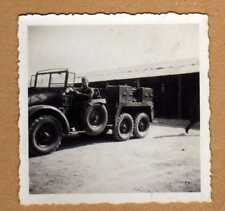 Foto II.Weltkrieg Wehrmachts Soldaten mit Krupp Protze Fahrzeug