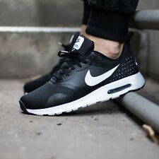 Nike Air Max Tavas (705149-009) Size UK 7, EUR 41