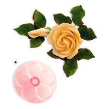 Formine e stampi rosa in plastica per biscotti