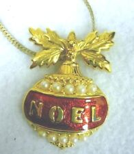 Vintage Avon Christmas Ornament Pendant Faux Pearls Noel On Serpentine Necklace