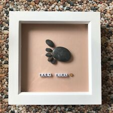 💟 NEW - HANDMADE BEACH PEBBLE WALL ART PICTURE BABY GIRL FOOTPRINTAND HEART