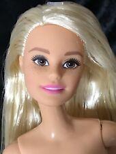 Blonde/Brown Eyes-Millie-Mattel fashion Barbie doll Q-33