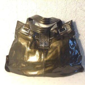 """KOOBA"" XL avant-garde olive/bronze gen.patent leather convert.purse MSPR 295.-"