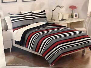 BRAND NEW IZOD Varsity Stripe Reversible Full/Queen Comforter Set in Red/Blue