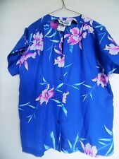 Hilo Hattie Hawaiian Shirt, Med. Blue & White, Floral , 100% Poly ,Mint