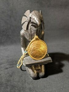 1994 Stargate Movie-Eye of Ra amulet with knelling Horus stand and necklace