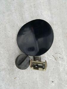SUZUKI GRAND VITARA JB JT 05-17 PARTS - FUEL FLAP LID DOOR BLACK INCL CAP - USED