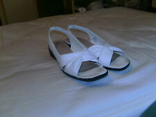 Life Stride Shoes-White-Medium-Very Good Condition-WOW!!!!!!!!!!!!!!!!!!!!!!!!