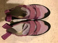 Used Butora Women's Climbing Shoes - Size 8 (Narrow Fit) in Lavender