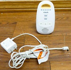 VTech DM111-2 Audio Baby Monitor 1000 ft Digital Range 5-Level Sound Parent Unit