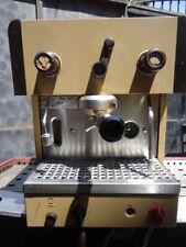 FAEMA COMPACT   Hebel  Espressomaschine. 1 gruppe.