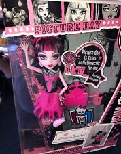 Monster High Picture Day DRACULAURA NEW VHTF!