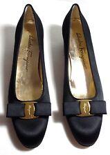 Salvatore Ferragamo Vara Boutique Black Satin Bow Classic Pumps Narrow 9AAAA