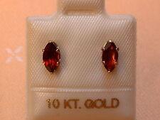 Feinste Granat Ohrstecker - 7,5 x 3  mm - 10 Kt. Weißgold  417 - Navette Schliff