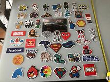 lots de 47 sticker autocollant divers jeux video manga et autre environ 9cm